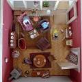 Foto von oben auf eine eingerichtete Modellwohnung