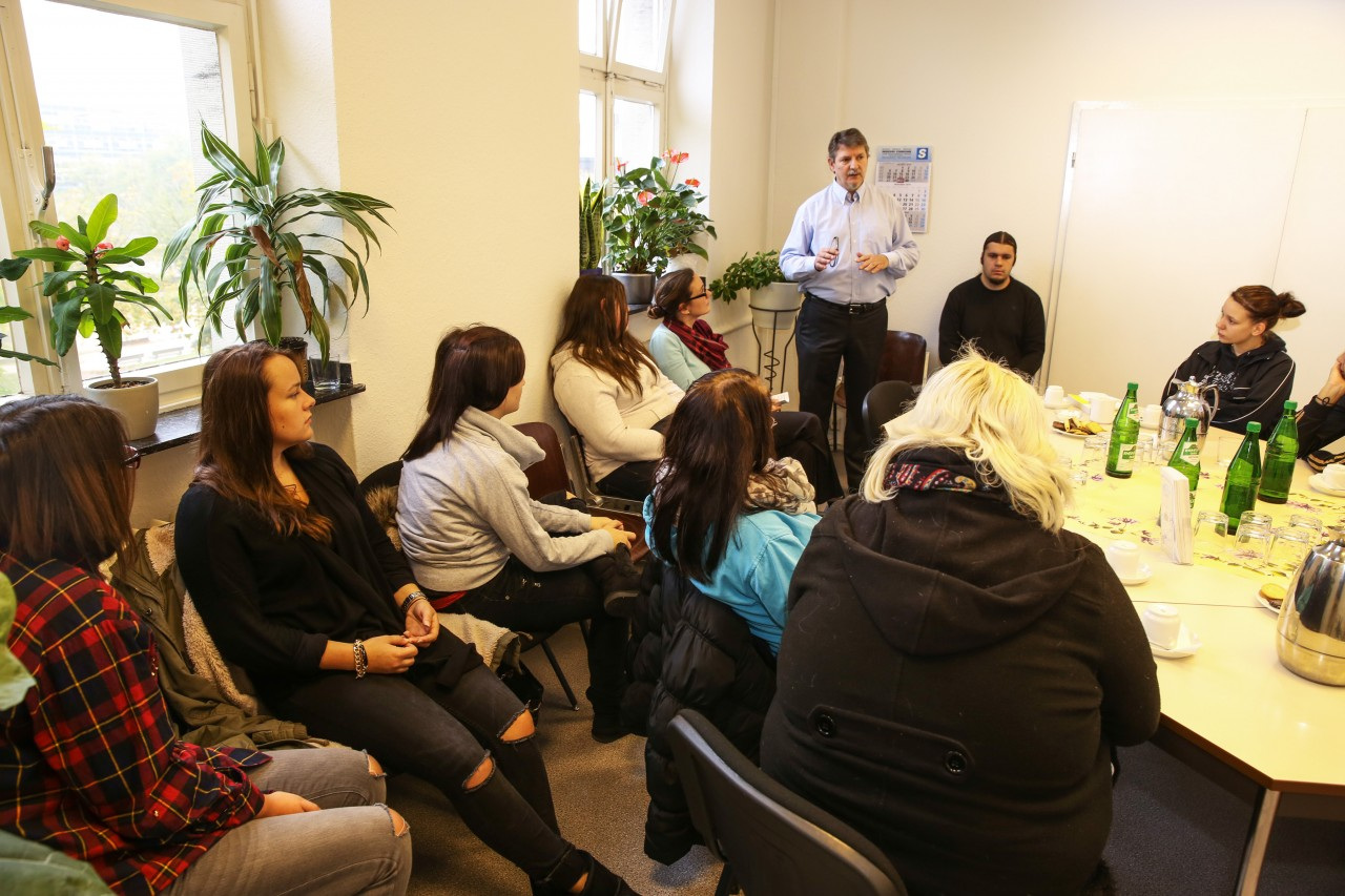 arbeitslosenzentrum m nchengladbach arbeit gesundheit soziales. Black Bedroom Furniture Sets. Home Design Ideas