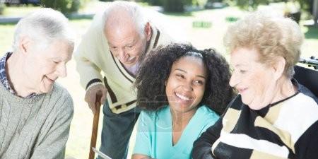 Altenpflegerin/Altenpfleger