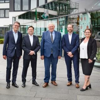 Arbeitsminister besucht den Dortmunder Hersteller von Pumpen und Pumpensystemlösungen Wilo