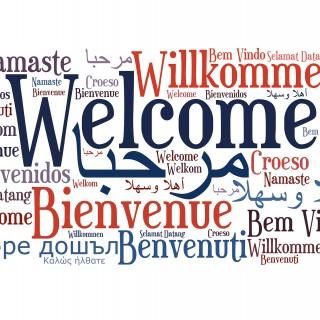 Foto: Willkommen-Satz in verschiedenen Sprachen
