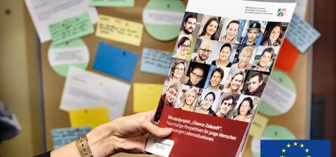 "Titellbild: Modelprojekt ""Chance Zukunft"""