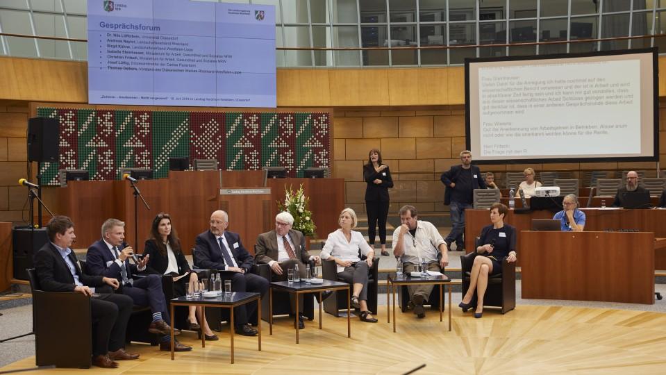 Gesprächsrunde zum Abschluss der Veranstaltung.