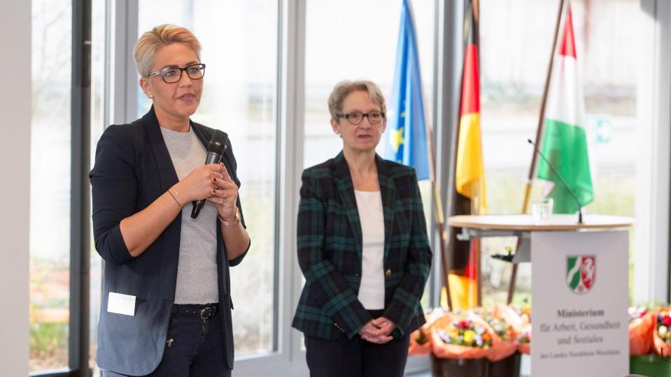 Foto: ehemalige TEP-Teilnehmende und Gruppenleiterin MAGS NRW
