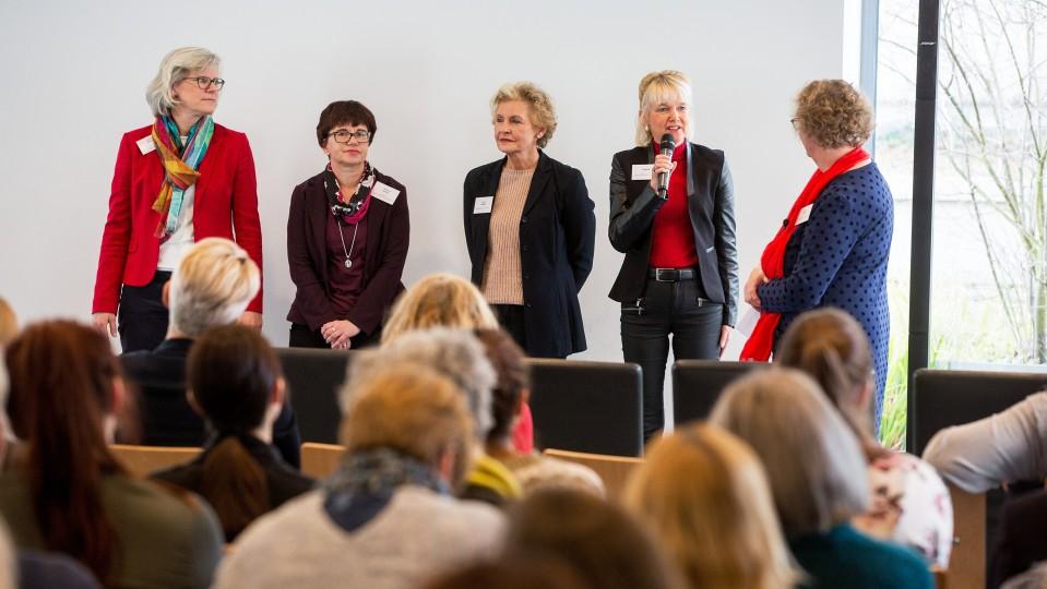 Foto: Talkrunde mit Vertreterinnen des Netzwerks zur Teilzeitberufsausbildung der Region