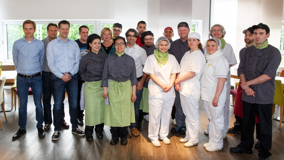 Foto: Gruppenfoto Integratsionsbetrieb Mattea in Leverkusen