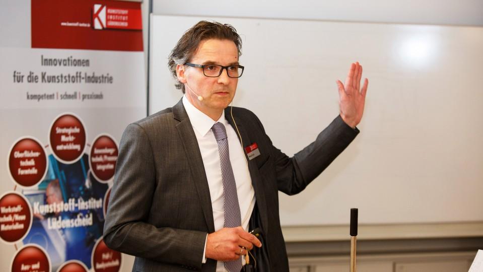 Foto:  Dipl.-Ing. Michael Tesch, Kunststoff-Institut Lüdenscheid