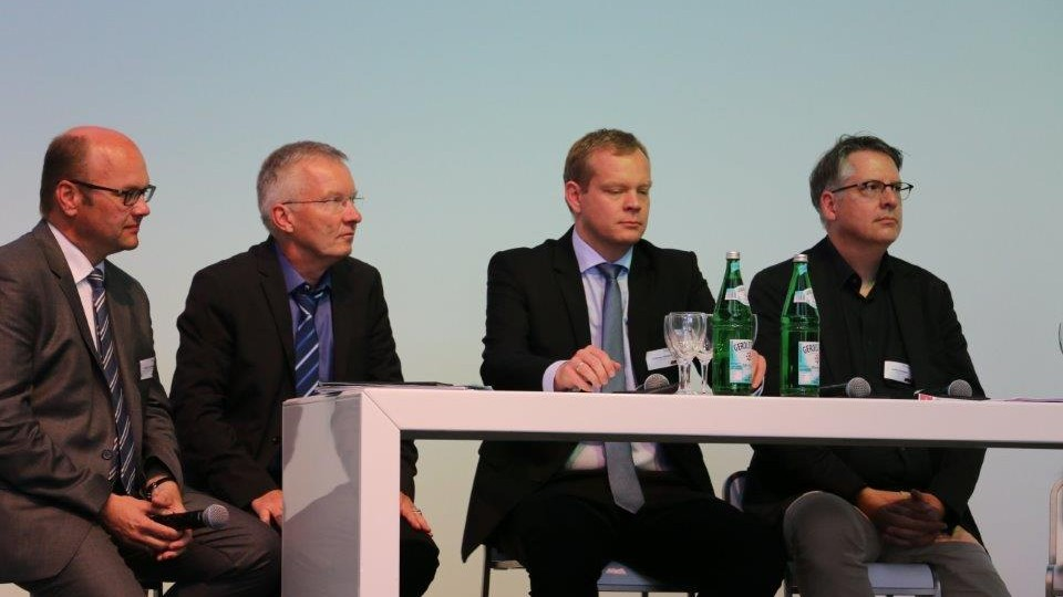 Markus Leßmann (MAGS NRW), Prof. Dr. Ralf Pieper (Bergische Universität Wuppertal), Johannes Pöttering (unternehmer nrw) und Achim Vanselow (DGB NRW)