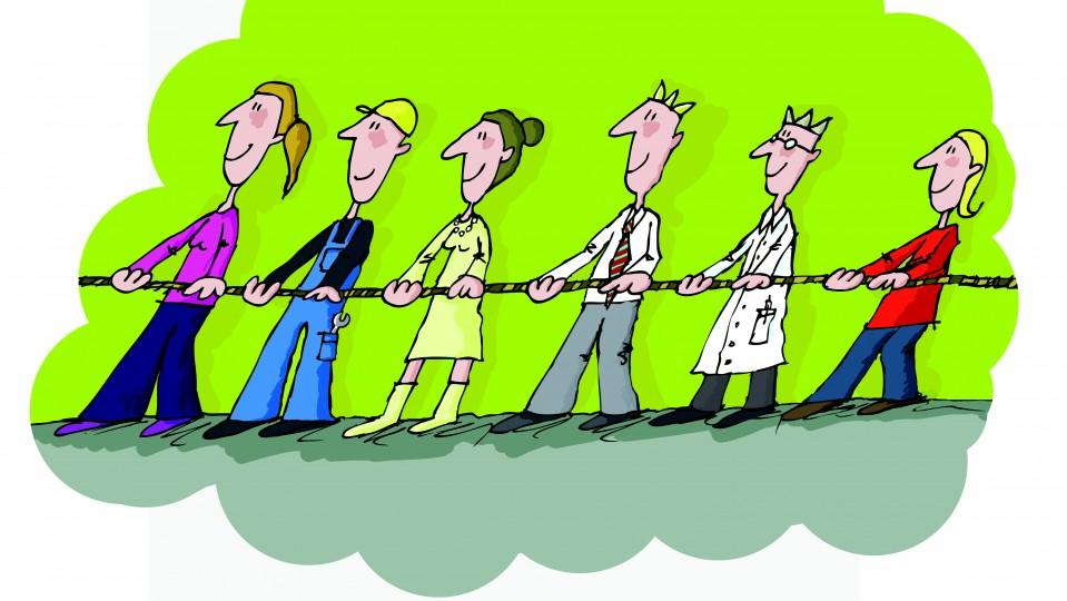 Sechs Personen mit verschiedenen Berufen ziehen an einem Strang.