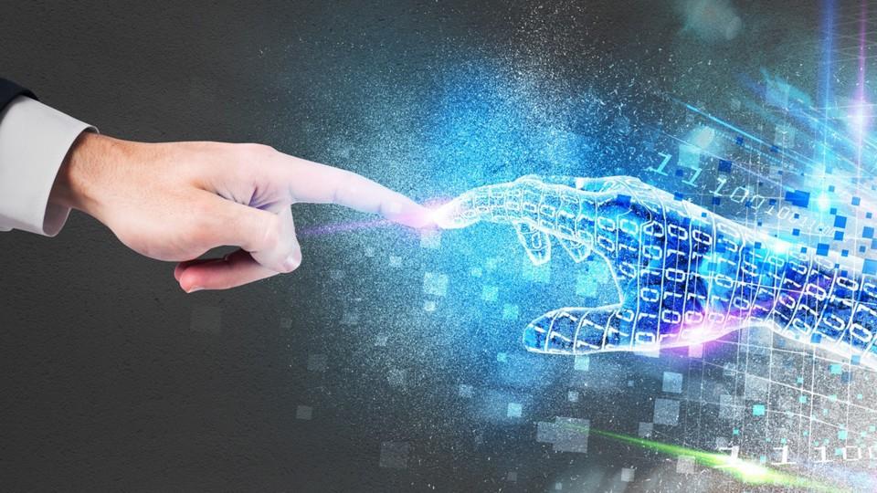 Eine menschliche Hand und eine Computergrafik einer Hand berühren sich mit den Zeigefingern. Visualisierung des Themas Arbeitsschutz im digitalen Wandel.