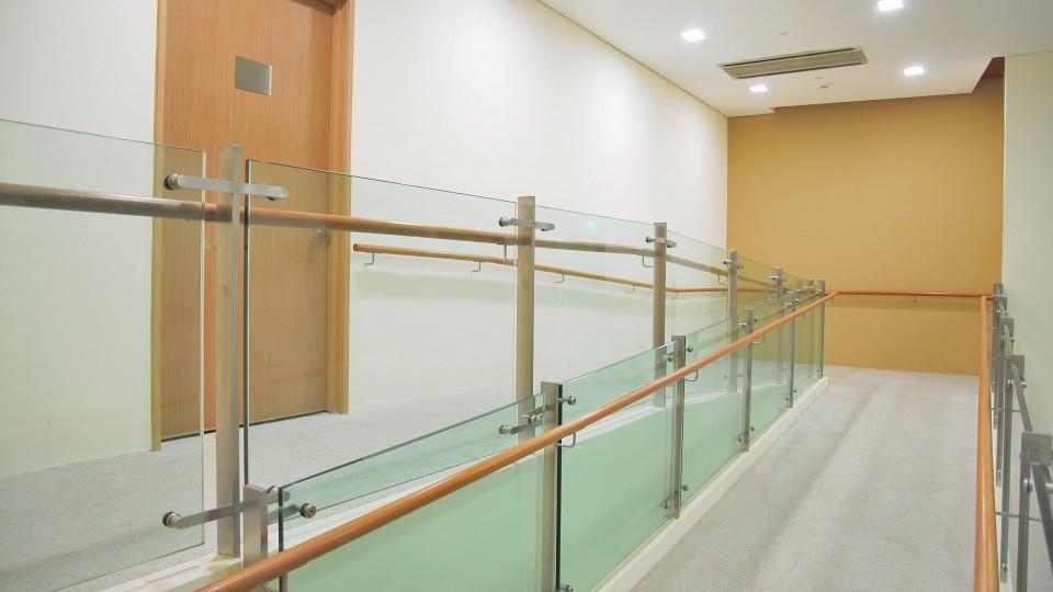 Barrierefreier Zugang mit Rampe