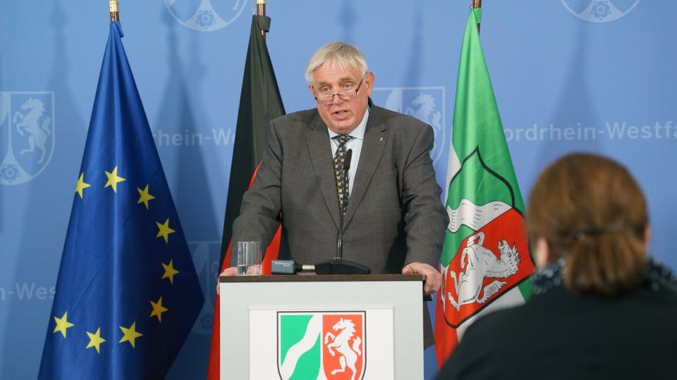 Gesundheitsminister Karl-Josef Laumann informiert zur aktuellen Lage, dem Infektionsgeschehen im Kreis Coesfeld und Maßnahmen der Landesregierung.